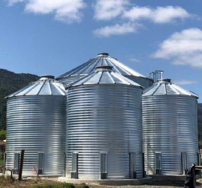 Steel Core Galvanized Water Storage Tank - 2 Stfnrs - J Rib 10 Degree Roof